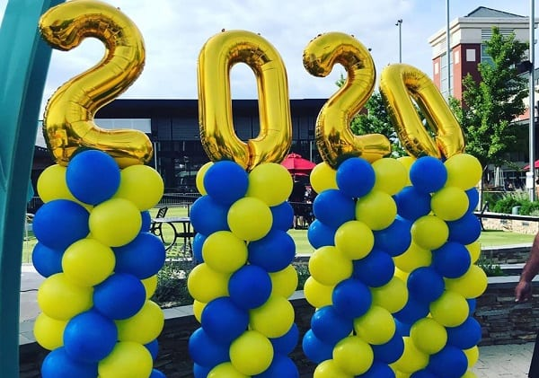 PHHS Graduation on The Avenue 20200615c